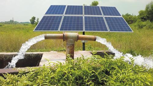 سیستم پمپاژ خورشیدی نصب شده