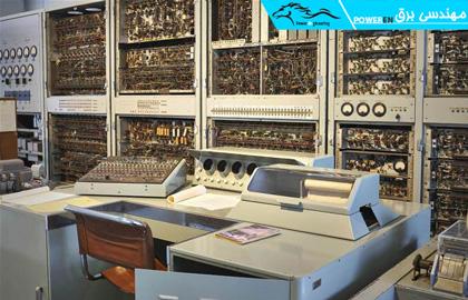 کامیپوتر صنعتی قدیمی
